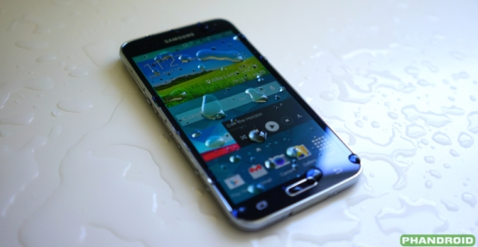 27112015-ponsel-pintar-anti-air-samsung-galaxy-s5-PaybillIndonesia